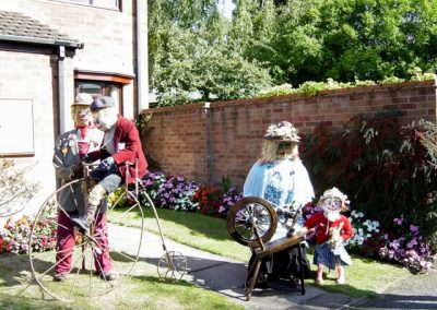 scarecrowsept200302