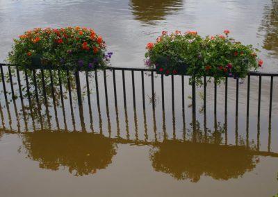 severnfloodingjune2007490